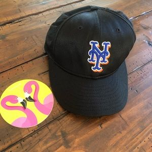 New York Mets ⚾️ fitted black hat 🧢